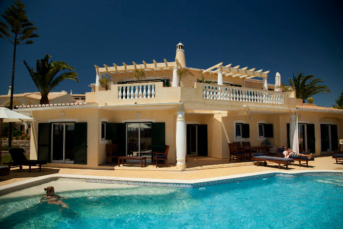Algarve Villa - 7 Nights BB & 5 Golf RoundsLADIES Package
