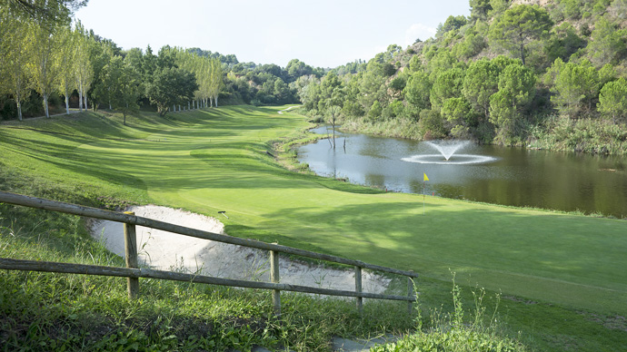 Spain Golf Courses | Club  Barcelona - Photo 1 Teetimes